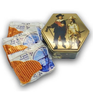 Typisch Hollands Tin-6 side Rembrandt The Night Watch with Stroopwafels