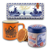 Typisch Hollands Chocolate, Mug and stroopwafels - gift set - Blue-Orange