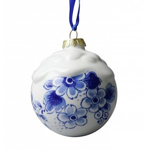 Heinen Delftware Delft blue decorated Christmas bauble (snow)