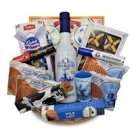 van Meers Gift basket Typical Dutch treats and liqueur