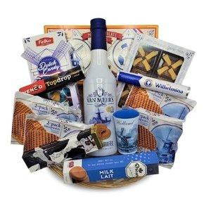 van Meers Gift basket Typical Dutch goodies and liqueur