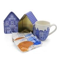 www.typisch-hollands-geschenkpakket.nl Cadeauset -Delfts blauw - Mok - Blik - Stroopwafels