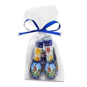 Typisch Hollands Chocolate Sticks in Wooden Clogs (Blue)