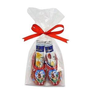 Typisch Hollands Chocolate Sticks in Wooden Clogs (Red)