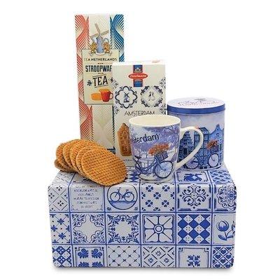 www.typisch-hollands-geschenkpakket.nl Typical Dutch gift package (Bicycle mug and Tin)