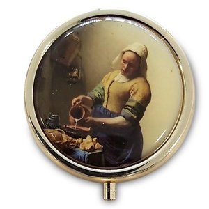Typisch Hollands Pill box - Gold colored - Milkmaid