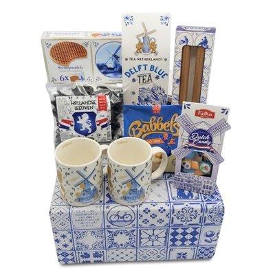 www.typisch-hollands-geschenkpakket.nl Nederlands cadeau-pakket ( in Delfts blauwe doos)