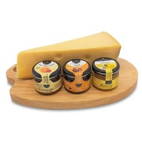 www.typisch-hollands-geschenkpakket.nl Cheese palette gift set with Cheese Boat and Cheese Dips