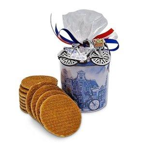 www.typisch-hollands-geschenkpakket.nl Stroopwafels in Delfts blauw blik - met Fiets-magneet