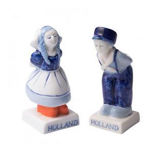 Typisch Hollands Salt and Pepper - Kissing couple
