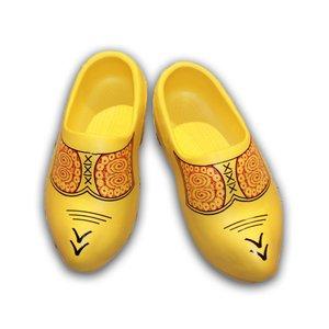 Typisch Hollands Tragen gelbe Gummi-Clogs