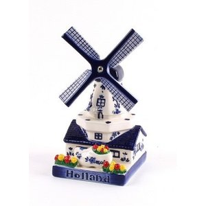 Typisch Hollands Mill with clog - Delft blue