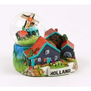 Typisch Hollands Snow globe with mill 7cm