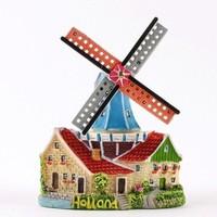 Typisch Hollands Magnetmühle an Häusern