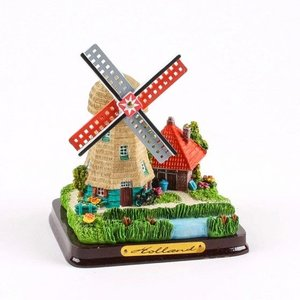 Typisch Hollands Windmill Landscape (small)