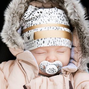 Elodie  Winter Beanie - Winter Mutsje - Gilded dots of fauna