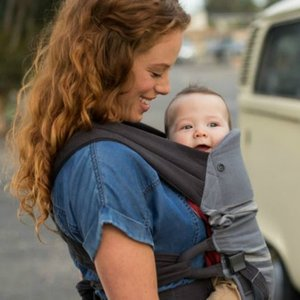 Infantino Close Ties natural fit Carrier - baby draagzak