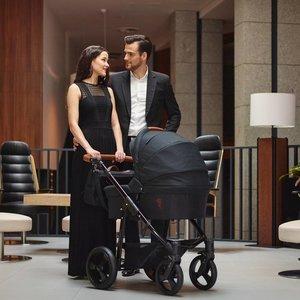 Venicci Gusto Black Prestige - Zeer Complete Kinderwagen
