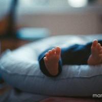 Baby verliest bijna zijn tenen ...