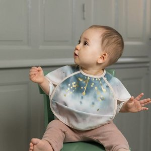 Elodie (vroeger: Elodie Details) Embedding Bloom luxe slabbe met gootje en luxe hanger