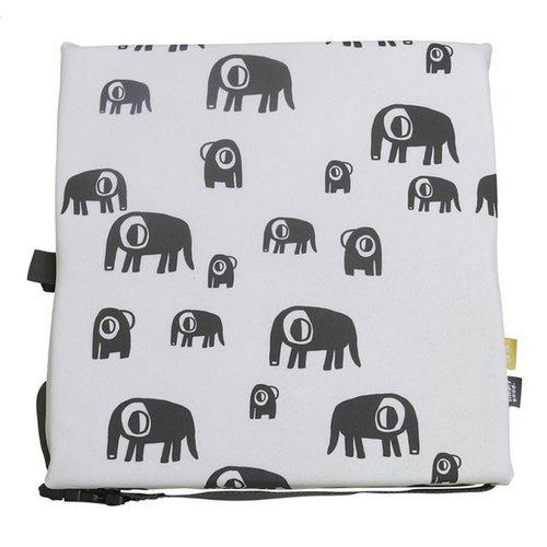Simply Good Booster Cushion stoelverhoger - Pijlen/Olifanten - verhoogkussen