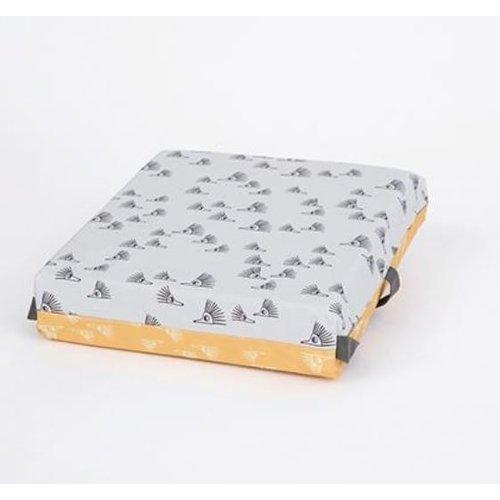 Simply Good Booster Cushion stoelverhoger - Egel blauw/geel - verhoogkussen