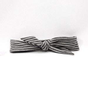 Ootje Kadootje Haarbandje grijs gestreept  met knoop