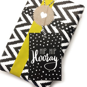 Hippe Kaartjes Cadeaukaartje voor aan je pakje - zwart wit