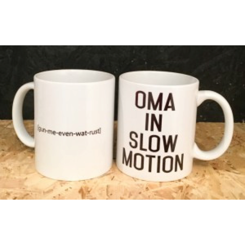 Minimou Feestelijke koffiemok Oma in Slow Motion