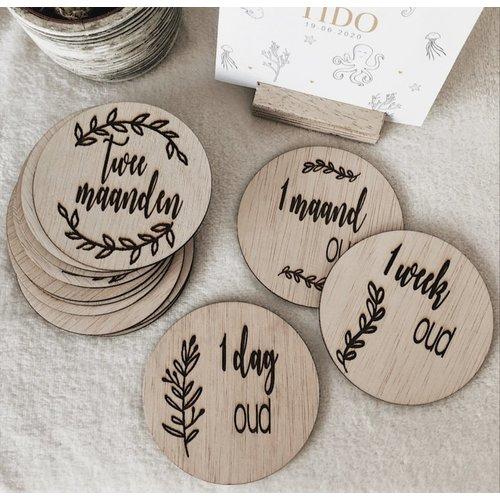14 houten mijlpaalkaarten