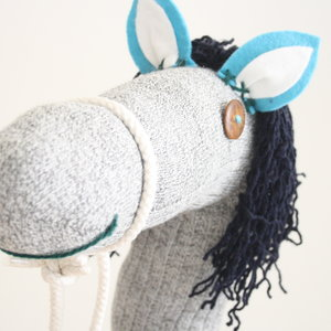 Handgemaakt Stokpaard -  Howie the horse