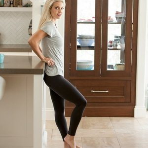 Belly Bandit Mother Tucker® Leggings
