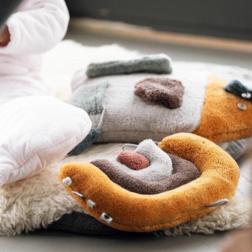 Snoozebaby regenboog knuffelpuzzel oker/bruin