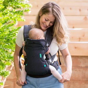 Infantino Flip Advanced convertible carrier - baby draagzak 4 in 1