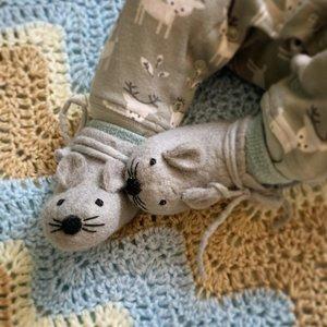 BeYoona 100% natuurlijke babyslofjes van vilt - Muis