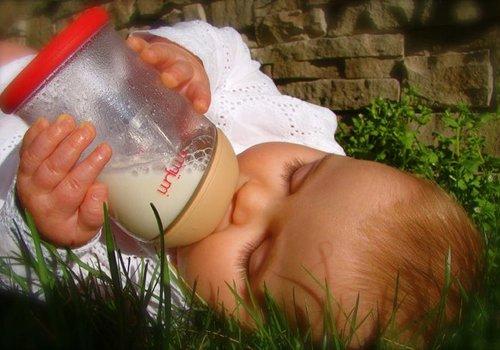 Baby voeding