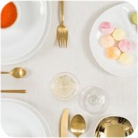 Gecoat tafelkleed Linnen Wit met gouddraad 250 cm bij 140 cm