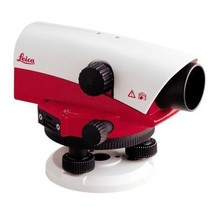 Leica  NA720 automatic leveling instrument, 20x magnification
