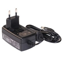 Leica  Universal Charger 12V, 1,5A for lasers and leica GKL