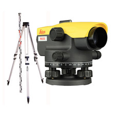 Leica  NA332 spirit level instrument with 32x magnification