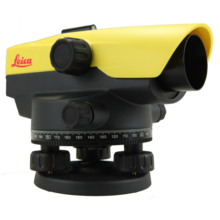 Leica  NA532 spirit level instrument with 32x magnification