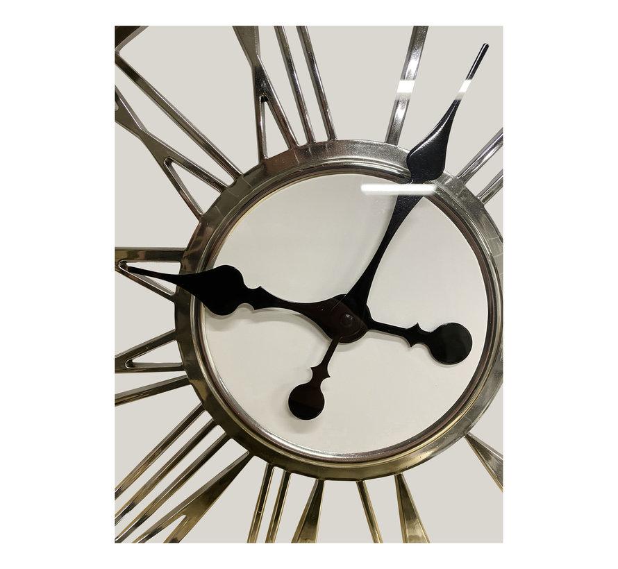 Klok Romy  Zilver - Romeinse cijfers - 44  CM - Kunstof