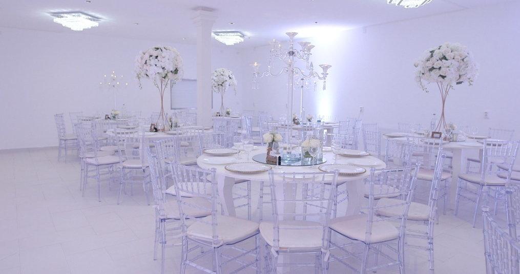 Kunstbloemen Bruiloftzaal