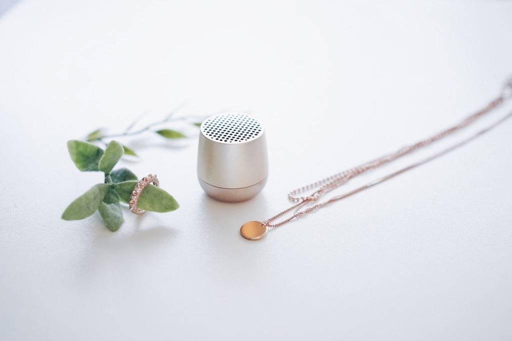 Lexon Mino Mini Bluetooth Lautsprecher Plum