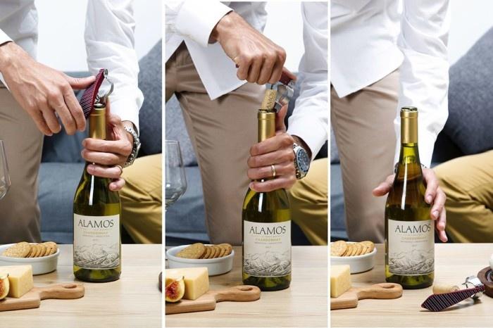 Peleg Design Corkscrew Bottle Tie Stripes