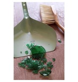 Cabanaz Dustpan and Brush green