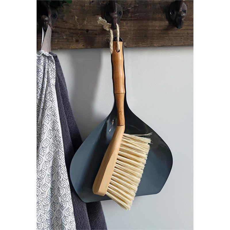 Cabanaz Dustpan and Brush grey