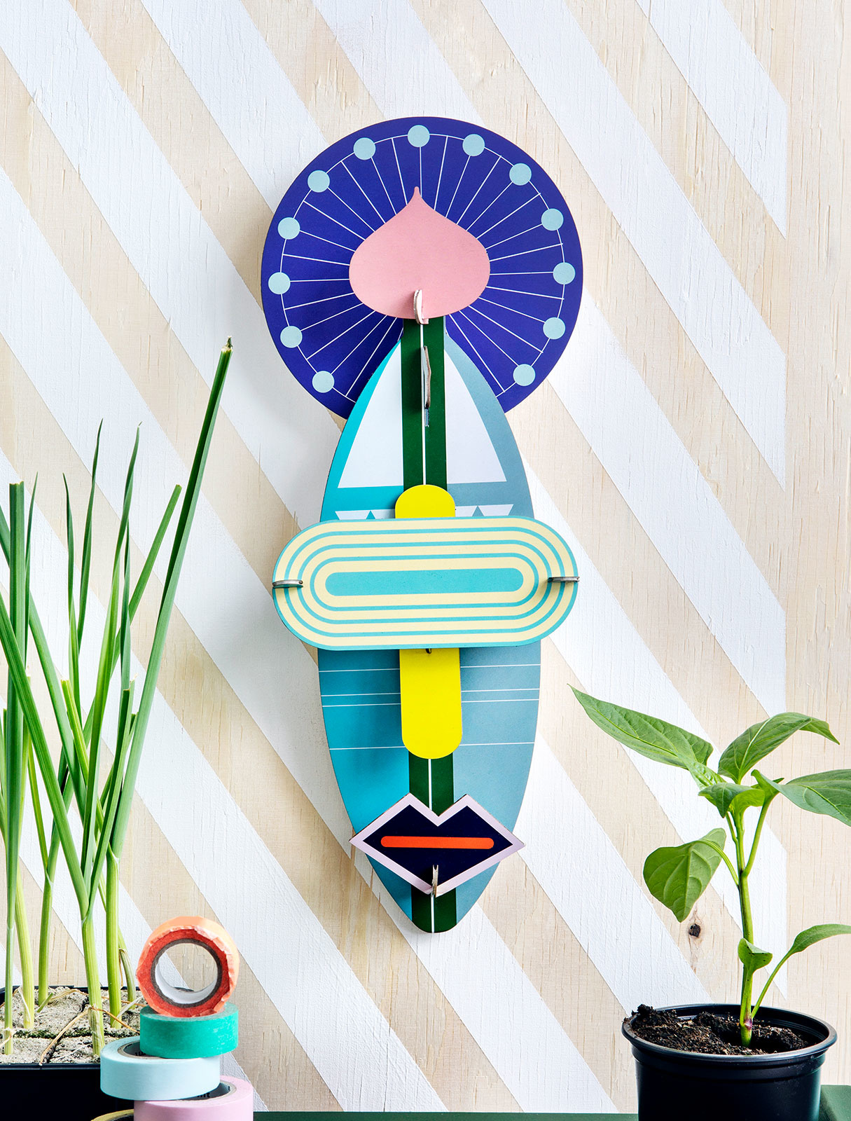 Studio Roof 3D Wall Decoration Cosmos Mask