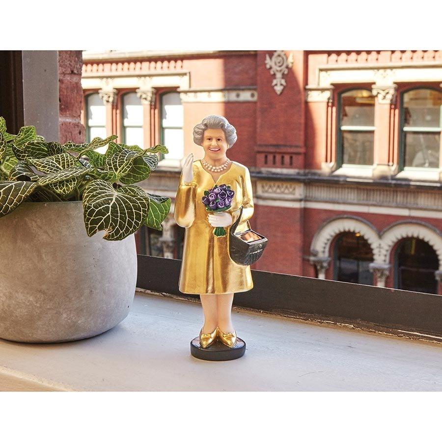 Kikkerland Solar Queen Elizabeth Gold Edition