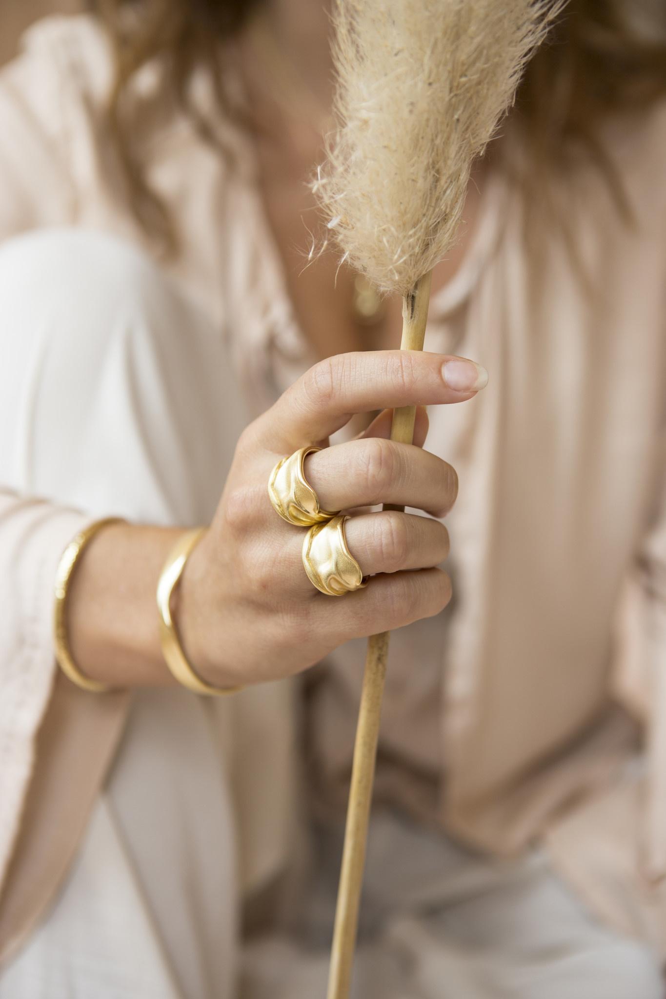 Riverstones Jewels Ring Free Größe 17 vergoldet